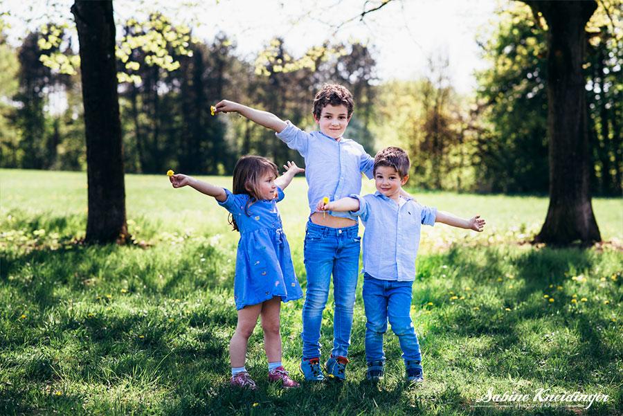 Familiengeschichten_Sabine-Kneidinger_Fotoshooting_Familie_Wasswerwald